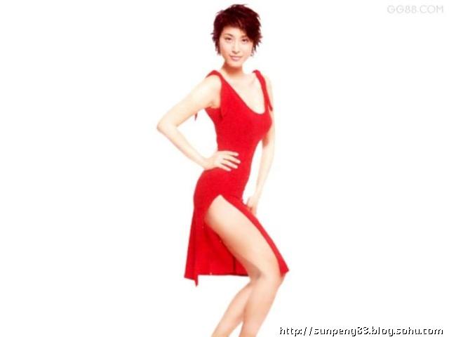 陈可汗——李琦:华人明星里硬挑出来的 蔡宝健——泰迪罗宾:这个是我最得意的选角之一,泰迪罗宾是那个在刘德华的《猎犬神枪老狐狸》里面演老狐狸的,这身高长相,狂像