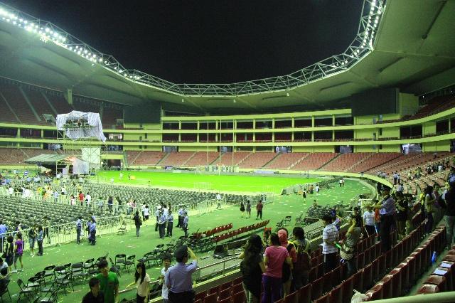 虹口足球场重建项目经过国际方案竞选招投标,由日本ria设计事务所策划
