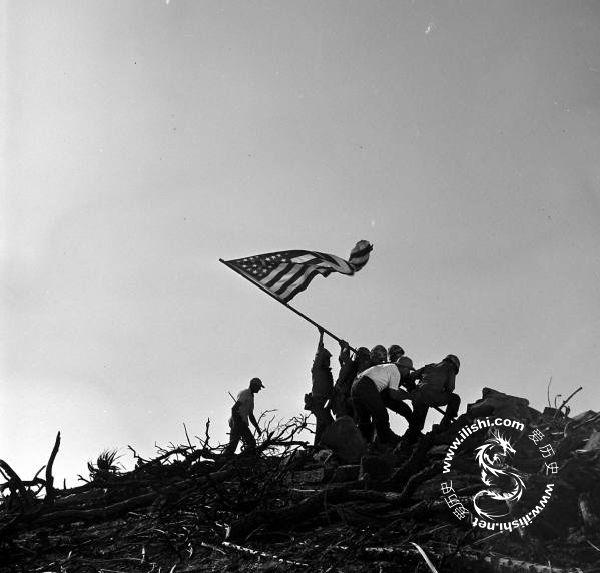 硫磺岛美军插旗照片由来始末-爱历史---老照片的故事